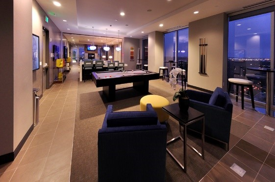 Orlando skyhouse clubroom