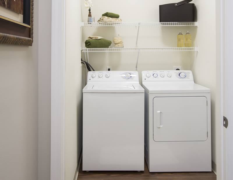 washer dryer at Regency Place Apartments