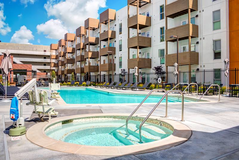 Foundry Commons Apartments Pool