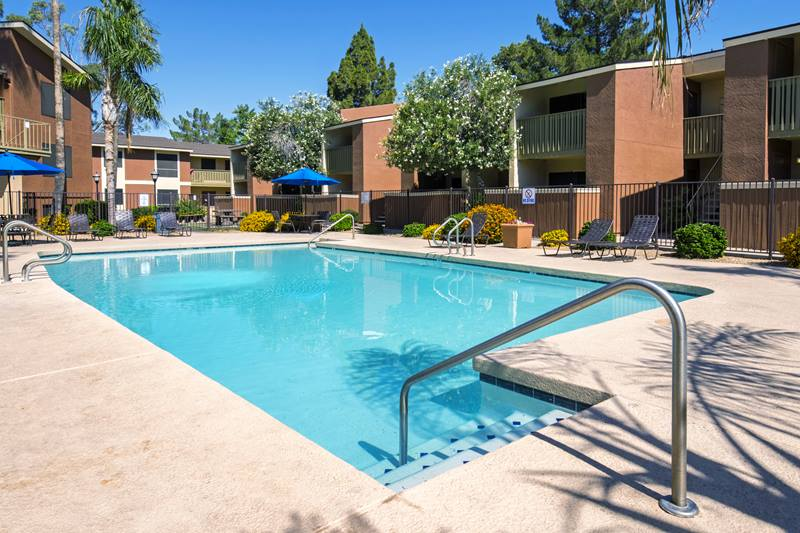 Crossroads Apartments Pool