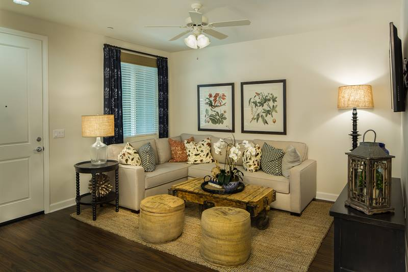 Townhomes at Lost Canyon Apartments