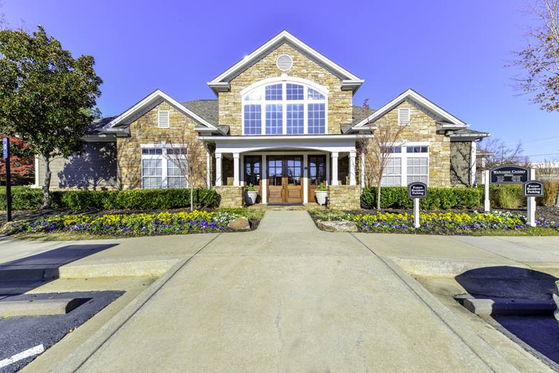 exterior at Duck Pond at Johns Creek Apartments
