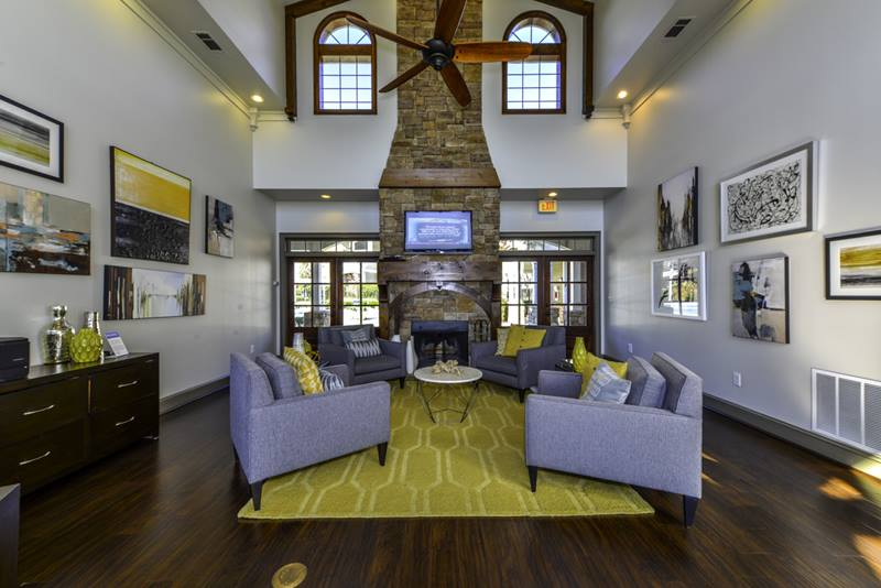 clubhouse at Duck Pond at Johns Creek Apartments