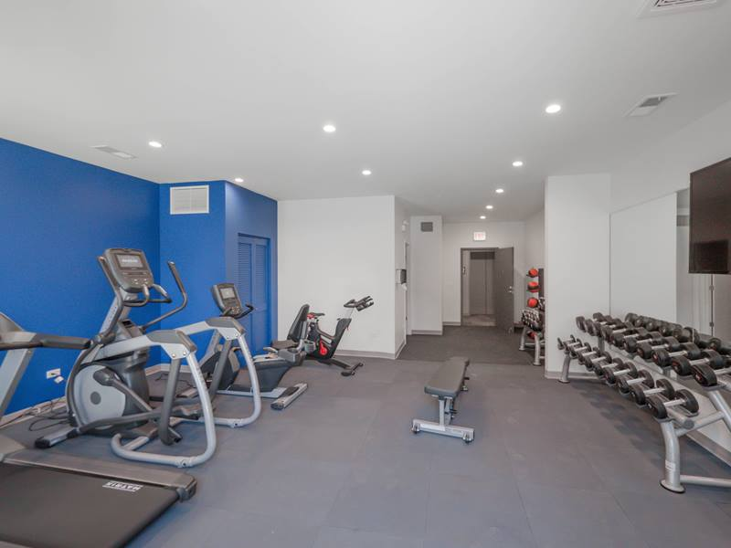 fitness center at Linkt Apartments