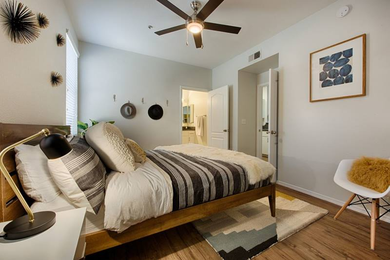 bedroom at Clarendon Park Apartments