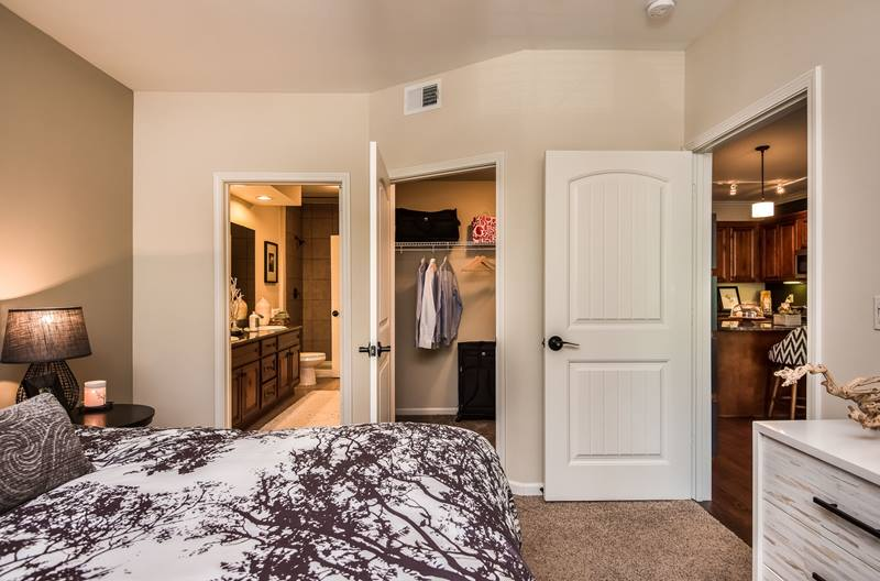 highlands lodge apartments in overland park greystar 14834 | 14834bed2 ashx mw 800