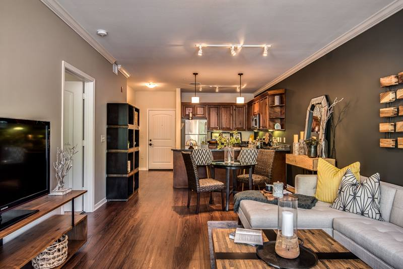 highlands lodge apartments in overland park greystar 14834 | 14834liv1 ashx mw 800