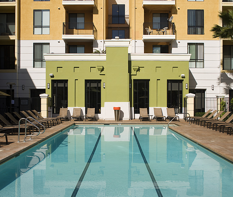 The Apartment Gallery: The Gallery At NoHo Commons Apartments In North Hollywood
