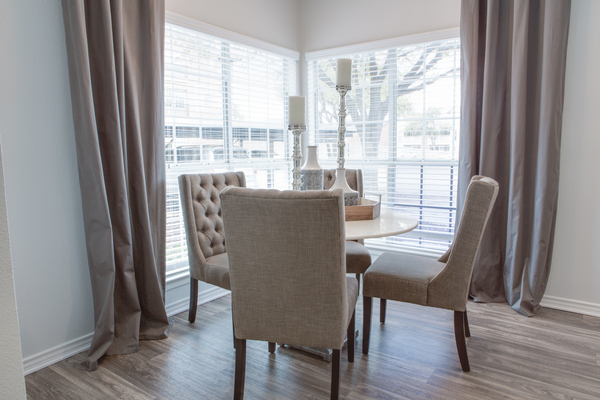dining room at The Palmer at Las Colinas Apartments