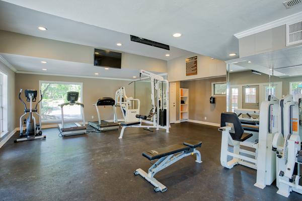 fitness center at Bristol Grapevine Apartments