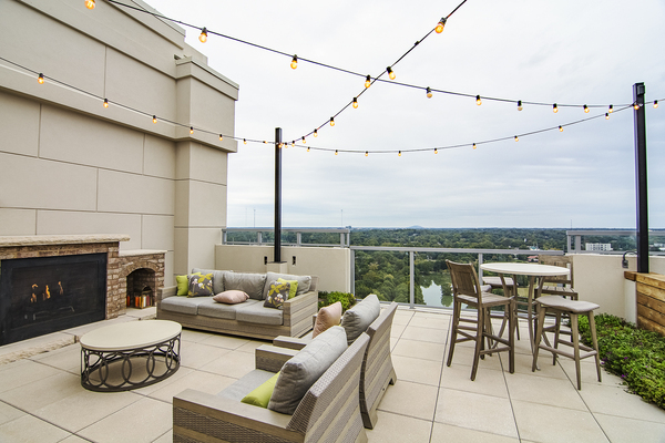 rooftop deck at Piedmont House Apartments
