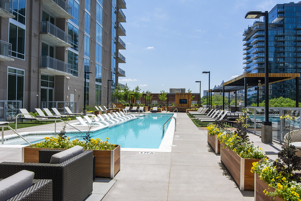 pool at Piedmont House Apartments