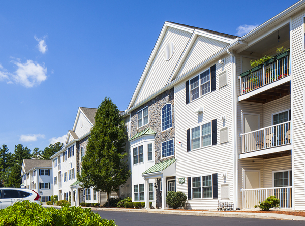 exterior at Heritage at Bedford Springs Apartments