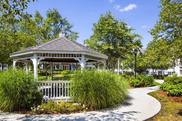 courtyard gazebo at Heritage at Bedford Springs Apartments