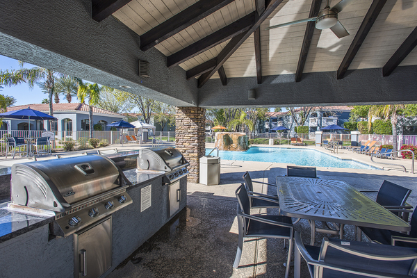 grill area at San Valiente Apartments