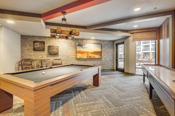 game room at Gateway 505 Apartments