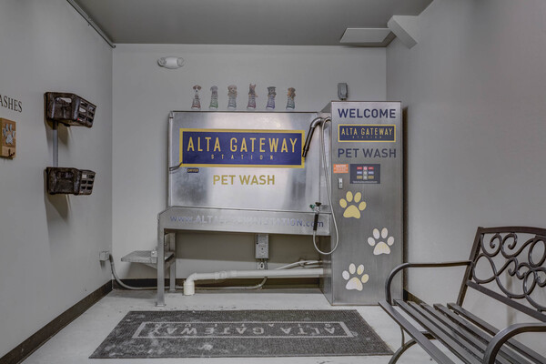 dog wash station at Gateway 505 Apartments