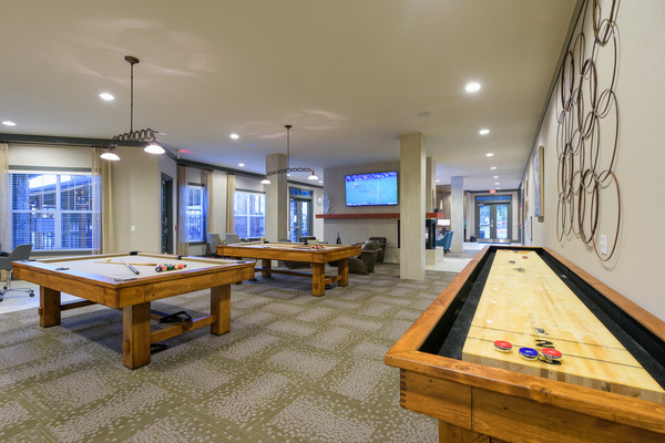 game room at The Retreat at Corvallis Apartments