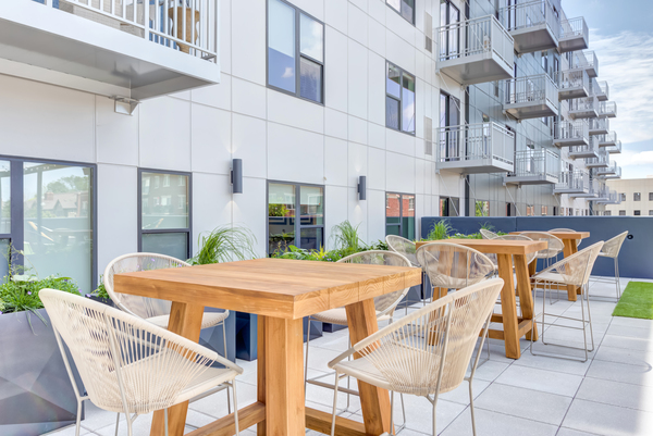 courtyard at The Marke of Elmhurst Apartments