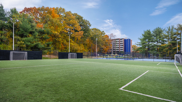 sport court at Halstead Framingham Apartments