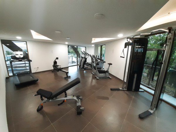 fitness center at Student Village Bagneux Apartments