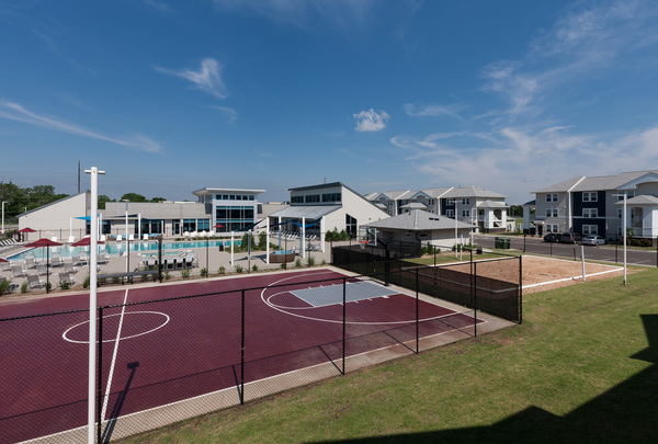 sport court at The Ave at Norman Apartments
