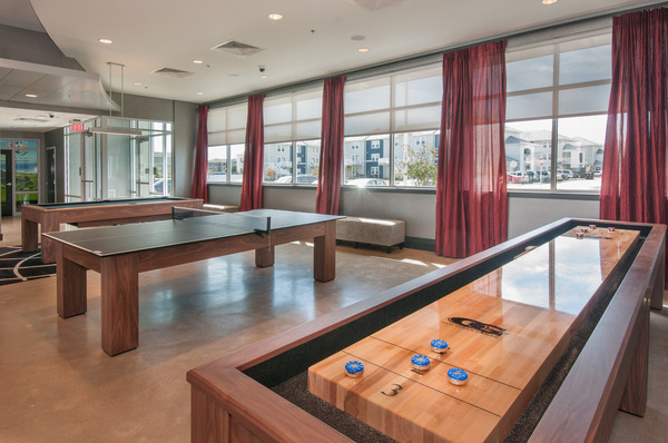 game room at The Ave at Norman Apartments