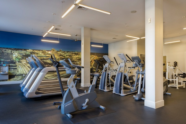 fitness center at Plaza Square Apartment