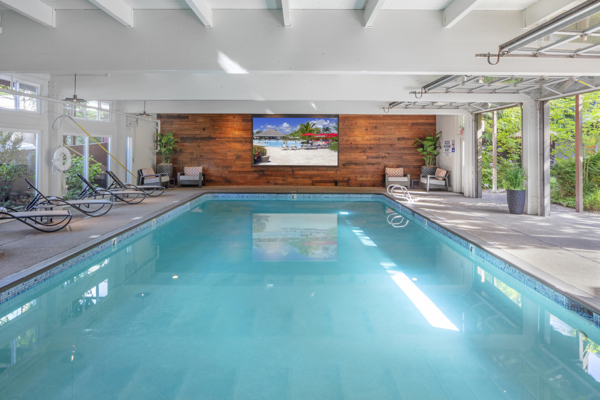 pool at Canyon Park Apartments