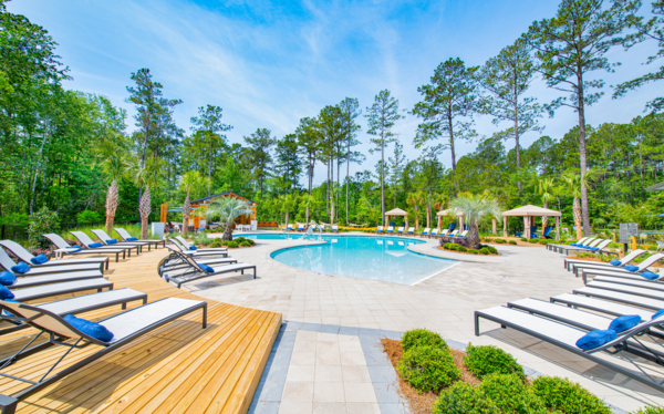 pool at Aventon Park West Apartments
