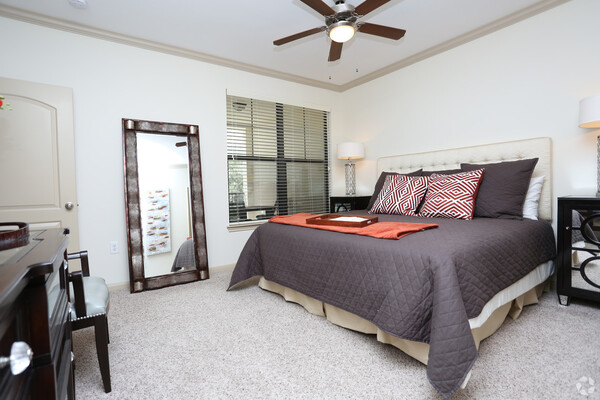 bedroom at Braeswood Place Apartments
