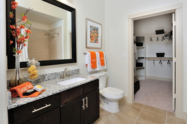 bathroom at Broadstone Energy Park Apartments