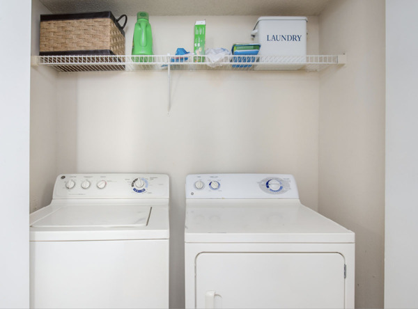 laundry room at Parc 1010 Apartments