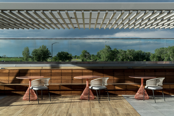 rooftop deck at Alexan Diagonal Crossing Apartments