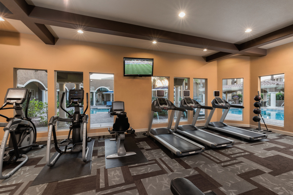 fitness center  at GlenEagles Apartments