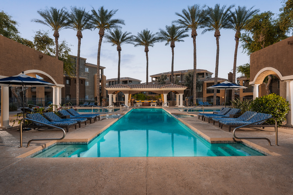 pool at GlenEagles Apartments