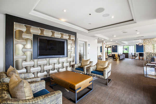 clubhouse/lobby at The Union at Lyndhurst Apartments