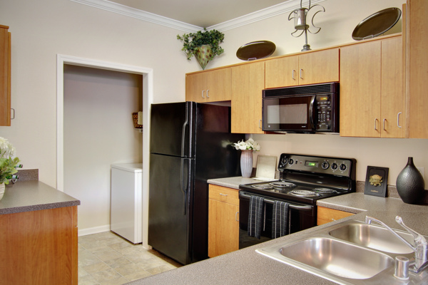 kitchen at Canyon Park Apartments