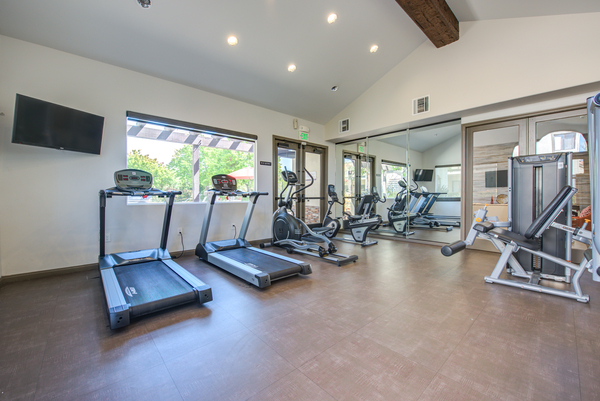 fitness center at Canyon Ridge Apartments