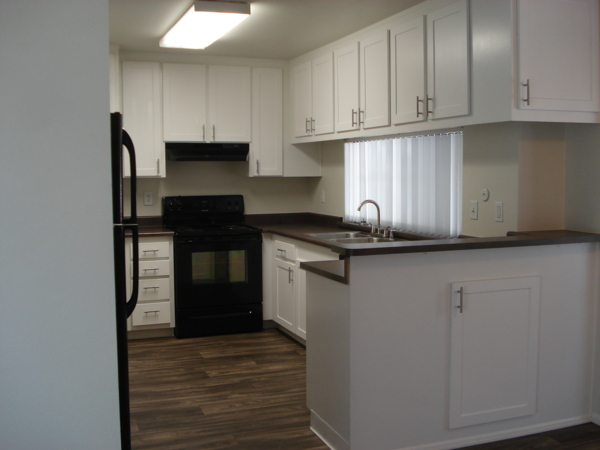 kitchen at Colonnade at Fletcher Hills Apartments