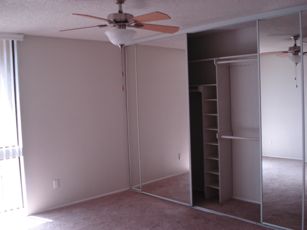 closet at Colonnade at Fletcher Hills Apartments