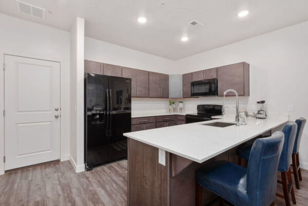 kitchen at Diamond Ridge Townhomes