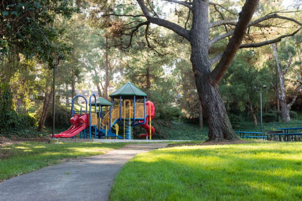 playground at Harbor Park Apartments