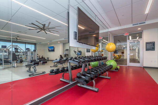 fitness center at Sunnen Station Apartments