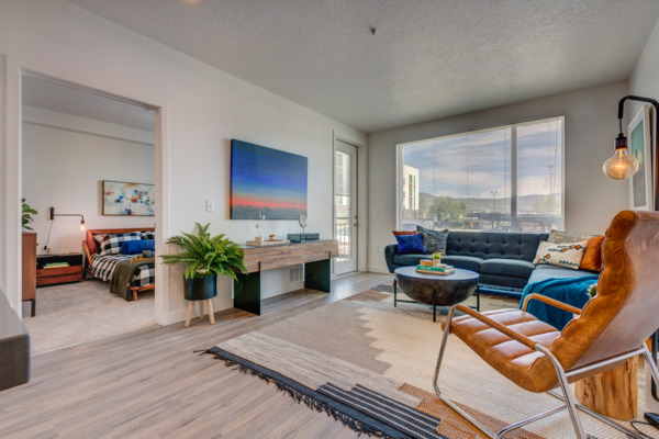 living room at Meridian Apartments