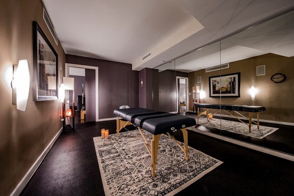 massage room at 55 Hundred Apartments