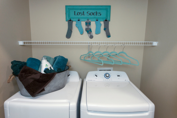 laundry room at Outlook Littleton Apartments