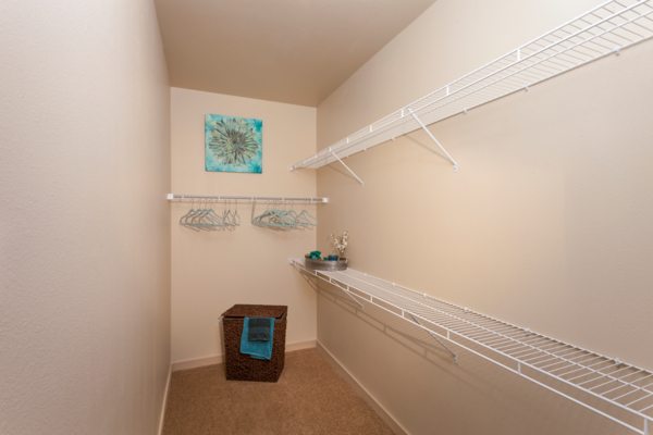 closet at Outlook Littleton Apartments