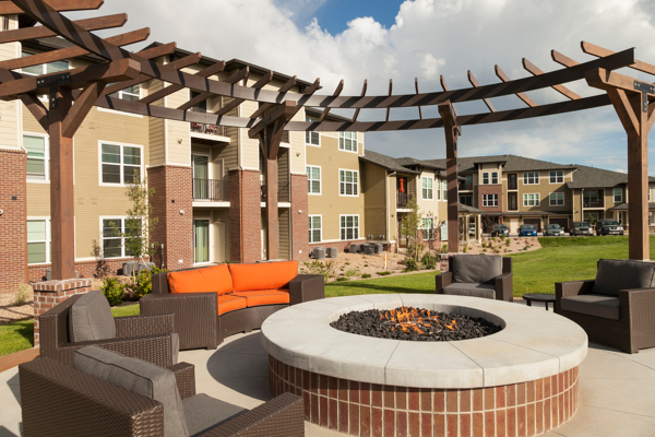 fire pit at Outlook Littleton Apartments