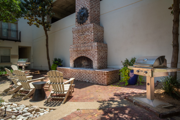 fire pit at Winsted at White Rock Apartments